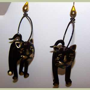 Black D Kitty Earrings Cat Themed Earrings